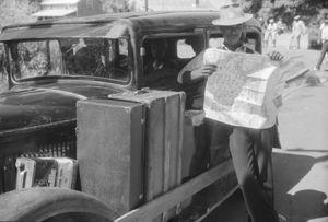African-Americans traveling in Elizabeth City, Florida by Jack Delano, 1940.