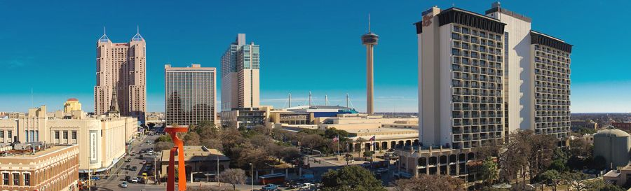 Downtown San Antonio, Texas by Jonathan Cutrer, Wikimedia