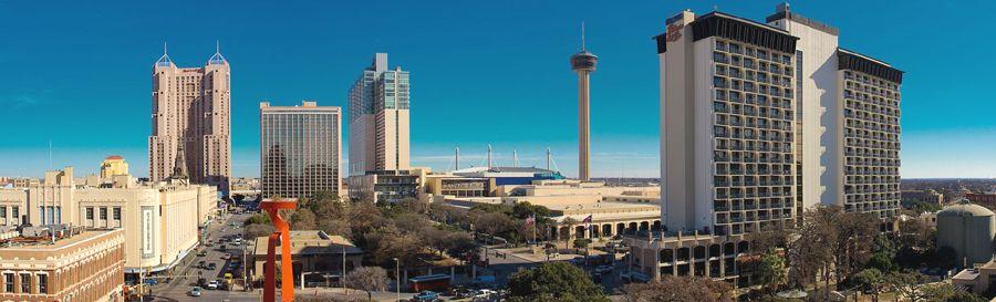 Downtown San Antonio, Texas by Jonathan Cutrer, Wikimedia