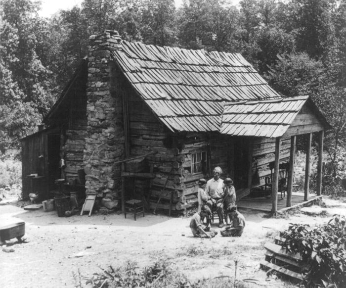Tennessee Mountaineers by the Keystone View Company.