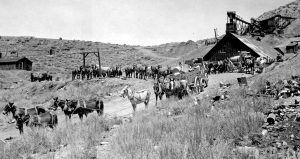 Working a Cerro Gordo, California Mine