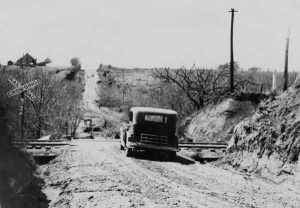 Road between El Reno and Hydro, Oklahoma, 1932.