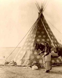 Blackfoot Siksika Tipi