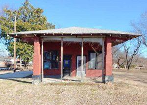 Foyil, Oklahoma Texaco before restoration.