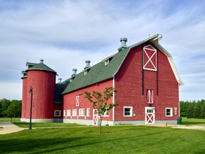 Large red barn near South Bend, Indiana by Carol Highsmith.