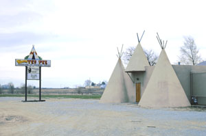 The old Teepee restaurant in Lawrence was operating as an event venue in 1977 by John Margolies.
