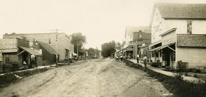 Lock Springs, Missouri - Lake Street Looking North