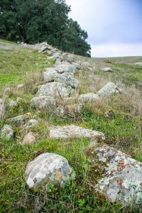 Old stone wall in Santa Clara County, California courtesy Wikipedia.