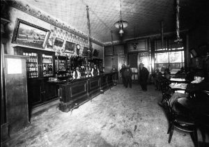 Commercial Hotel Saloon in Aneheim, California, 1910.