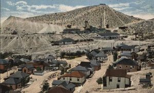 Lowell, Arizona Mines in about 1910.