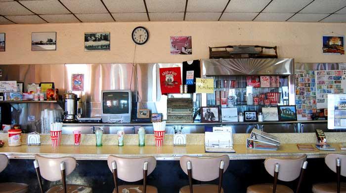 Amboy, Ca - Roy's Cafe