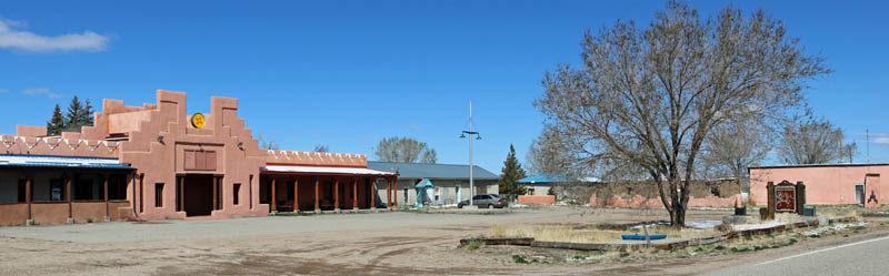 La Plaza de Arriba in Costilla, New Mexico, courtesy Jeffrey Beall, Wikipedia.