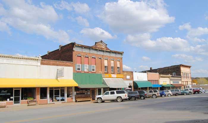 Osceola, MO - Business District